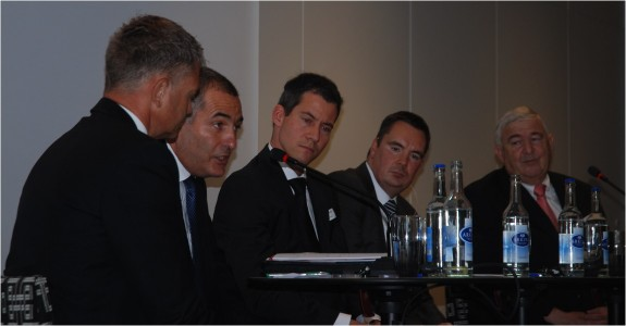 """Rien ne va plus?"" - Engagierte Diskussion mit Detlef Brose (Casino Baden), Jean-Marie Jordan (ESBK), Christian Wildhaber (Albin Kistler), Björn Zern und Daniel Frei (Kursaal Bern)."